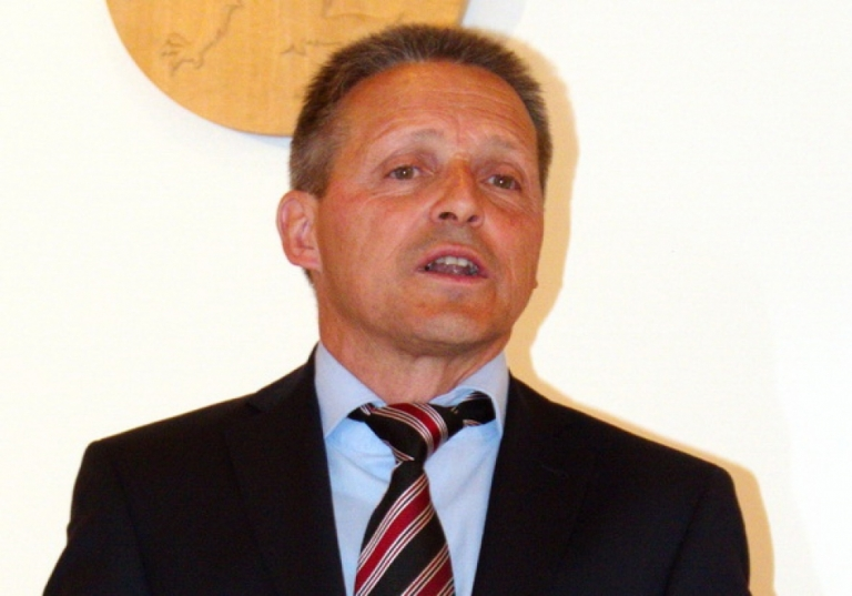 http://www.anger.gv.at/data/image/thumpnail/image.php?image=144/gemeinde_anger_bgm_hoefler_ansprache_article_3213_1.jpg&width=768